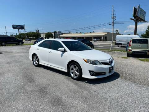 2014 Toyota Camry for sale at Lucky Motors in Panama City FL