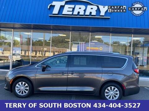 2019 Chrysler Pacifica for sale at Terry of South Boston in South Boston VA