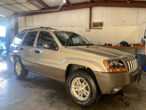 2004 Jeep Grand Cherokee for sale at Car Barn of Springfield in Springfield MO