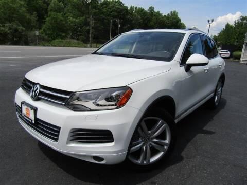 2012 Volkswagen Touareg for sale at Guarantee Automaxx in Stafford VA