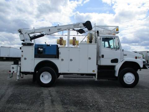 2001 Freightliner FL70 4X4 SERVICE TRUCK for sale at BJ'S COMMERCIAL TRUCKS in Spokane Valley WA