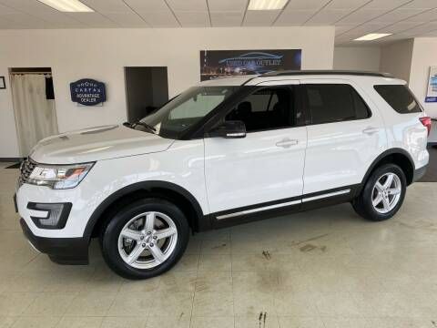 2017 Ford Explorer for sale at Used Car Outlet in Bloomington IL