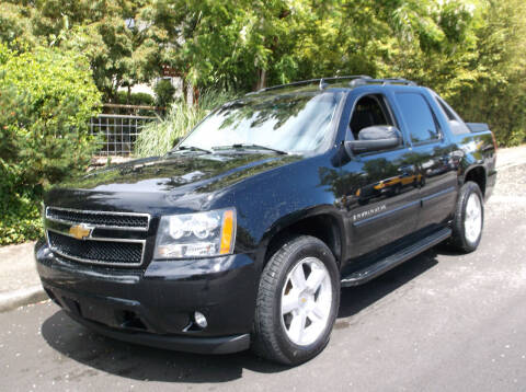 2007 Chevrolet Avalanche for sale at Eastside Motor Company in Kirkland WA