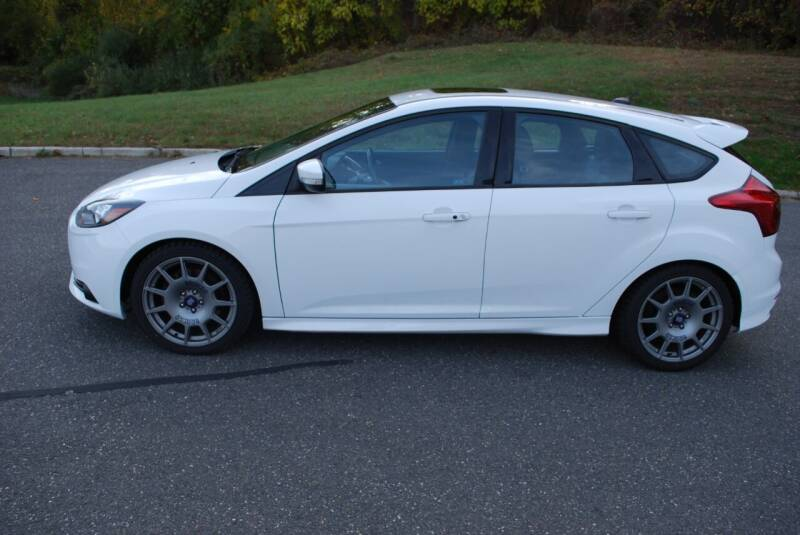 2013 Ford Focus ST 4dr Hatchback - New Milford CT
