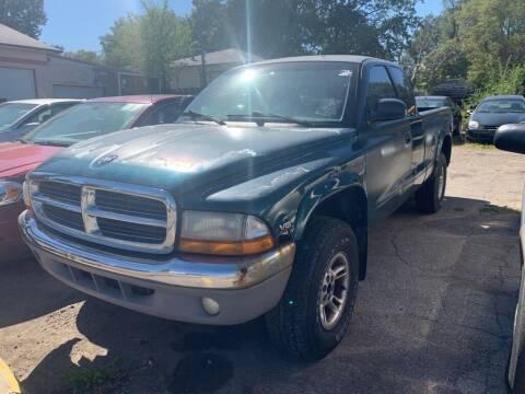 1999 Dodge Dakota for sale at ALVAREZ AUTO SALES in Des Moines IA