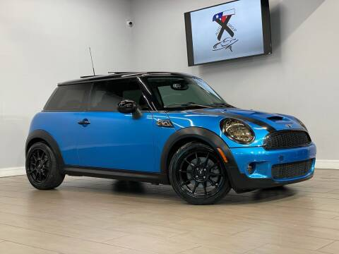 2009 MINI Cooper for sale at TX Auto Group in Houston TX