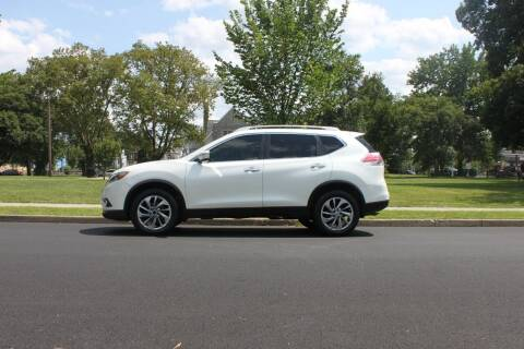 2015 Nissan Rogue for sale at Lexington Auto Club in Clifton NJ