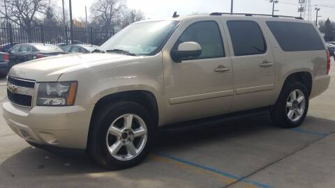 2007 Chevrolet Suburban for sale at Julian Auto Sales, Inc. in Warren MI