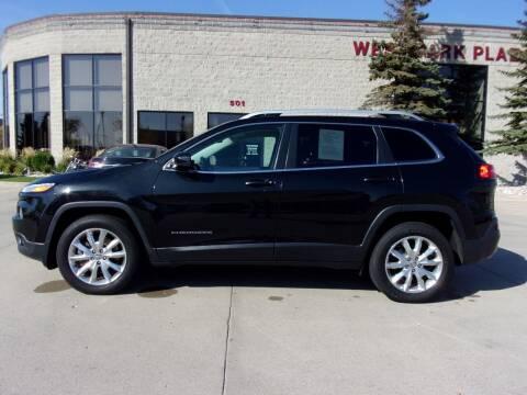 2015 Jeep Cherokee for sale at Elite Motors in Fargo ND