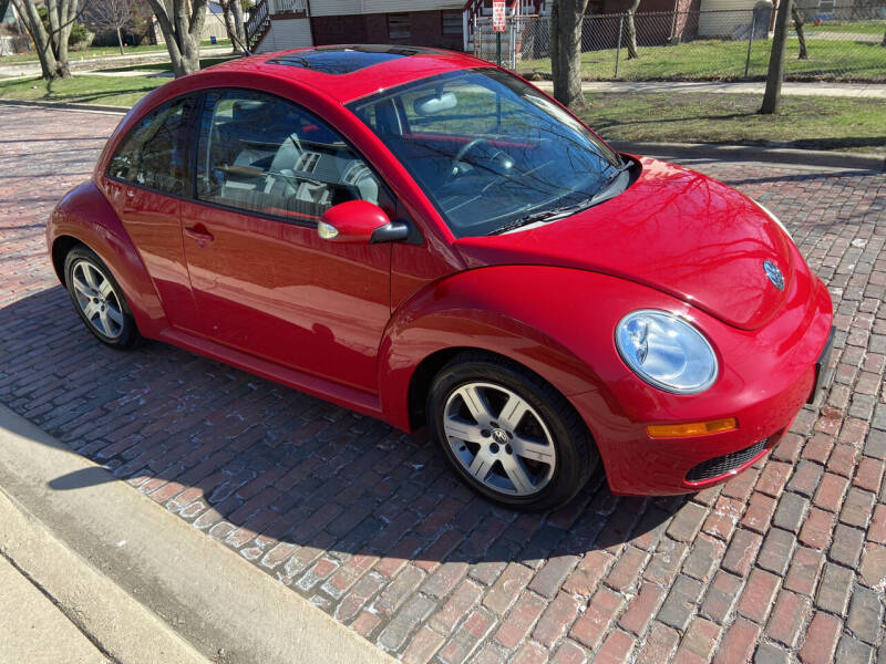 2006 Volkswagen New Beetle for sale at RIVER AUTO SALES CORP in Maywood IL