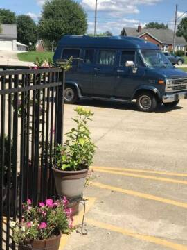 1992 Chevrolet G20 for sale at Classic Car Deals in Cadillac MI