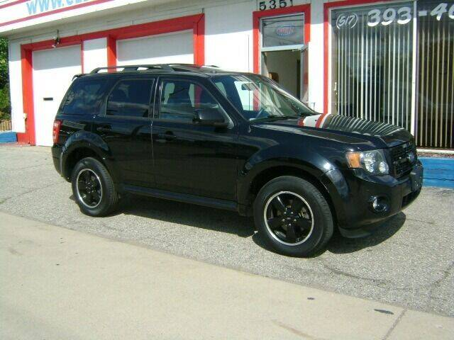2009 Ford Escape for sale at Cedar Auto Sales in Lansing MI