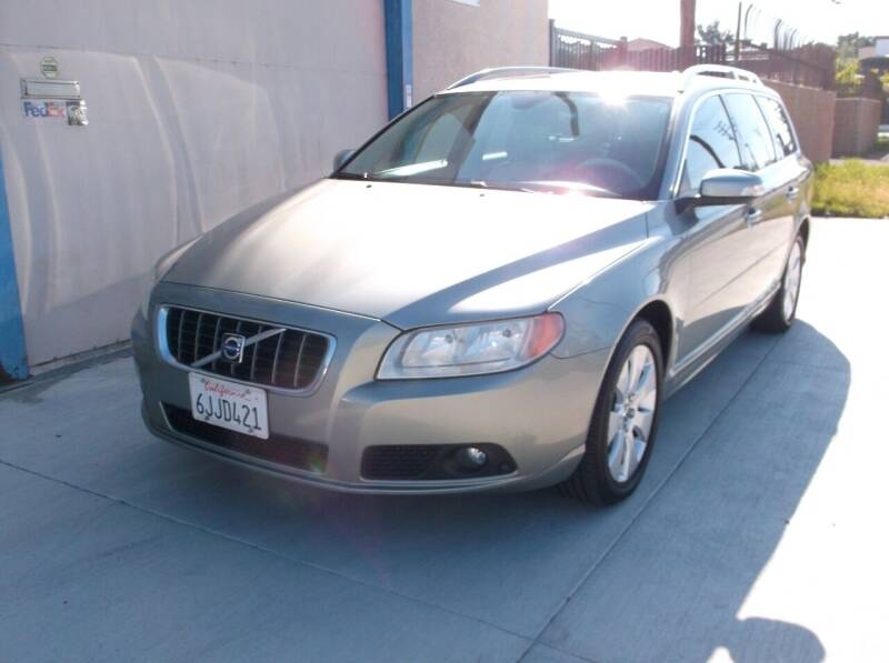 2008 Volvo V70 for sale at Executive Auto Sales in Costa Mesa CA