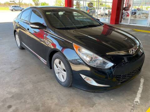 2011 Hyundai Sonata Hybrid for sale at Auto Solutions in Warr Acres OK