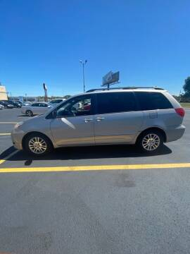 2009 Toyota Sienna for sale at C & I Auto Sales in Rochester MN