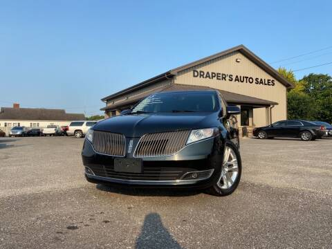 2015 Lincoln MKT for sale at Drapers Auto Sales in Peru IN