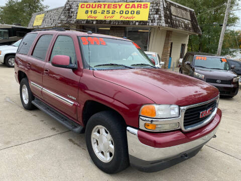2005 GMC Yukon for sale at Courtesy Cars in Independence MO