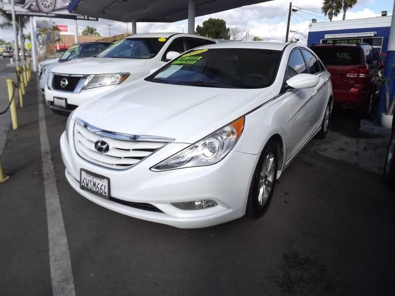 2013 Hyundai Sonata for sale at PACIFICO AUTO SALES in Santa Ana CA
