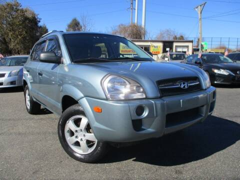2008 Hyundai Tucson for sale at Unlimited Auto Sales Inc. in Mount Sinai NY