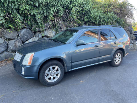 2006 Cadillac SRX for sale at APX Auto Brokers in Lynnwood WA