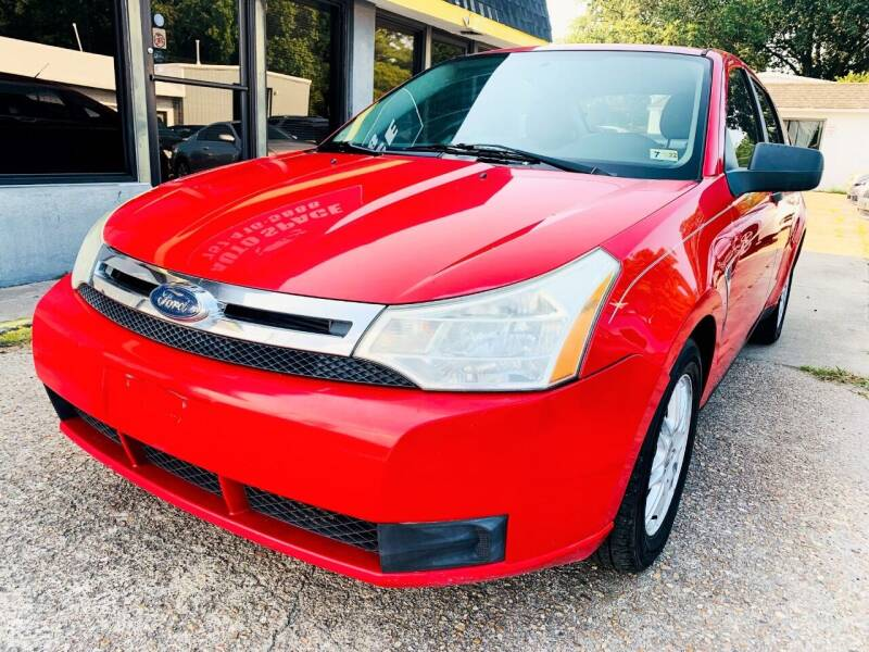 2008 Ford Focus for sale at Auto Space LLC in Norfolk VA