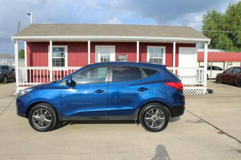 2015 Hyundai Tucson for sale at AMT AUTO SALES LLC in Houston TX