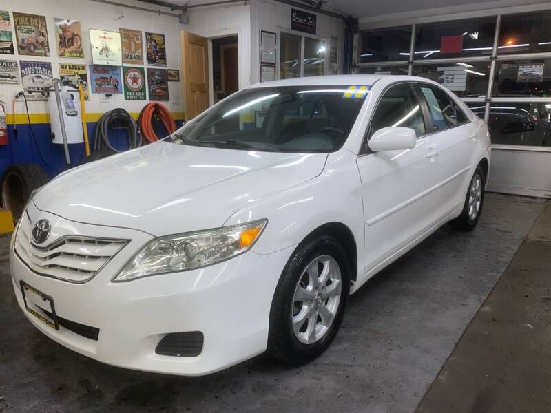 2011 Toyota Camry for sale at PELHAM USED CARS & AUTOMOTIVE CENTER in Bronx NY
