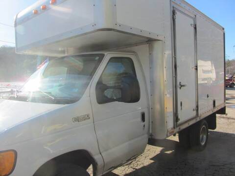 2004 Ford E-Series Chassis for sale at Jons Route 114 Auto Sales in New Boston NH