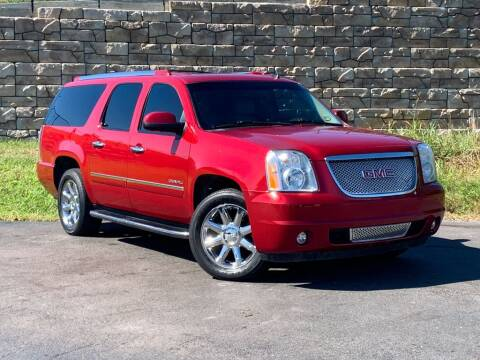 2012 GMC Yukon XL for sale at Car Hunters LLC in Mount Juliet TN