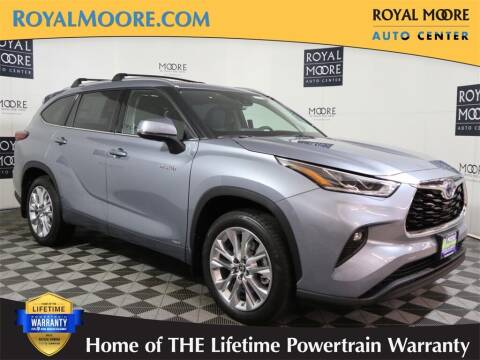 2021 Toyota Highlander Hybrid for sale at Royal Moore Custom Finance in Hillsboro OR