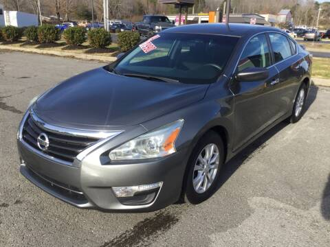 2014 Nissan Altima for sale at MARLAR AUTO MART SOUTH in Oneida TN