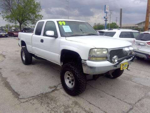 1999 GMC Sierra 1500 for sale at Regency Motors Inc in Davenport IA
