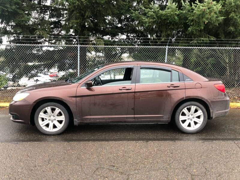 2013 Chrysler 200 for sale at Blue Line Auto Group in Portland OR