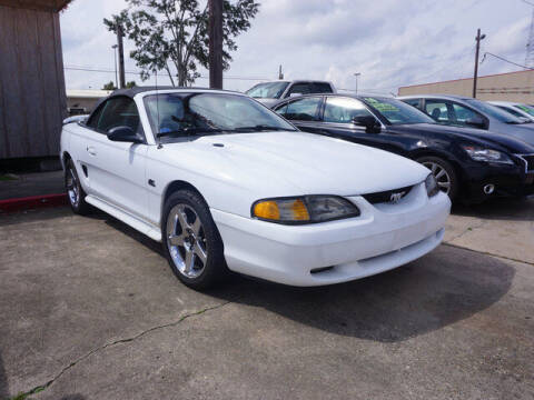 1994 Ford Mustang for sale at BLUE RIBBON MOTORS in Baton Rouge LA