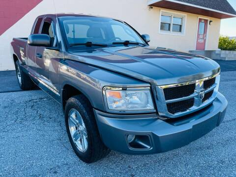 2008 Dodge Dakota for sale at CROSSROADS AUTO SALES in West Chester PA