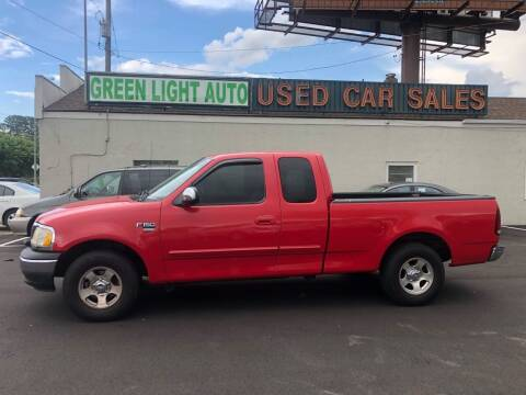 2000 Ford F-150 for sale at Green Light Auto in Sioux Falls SD