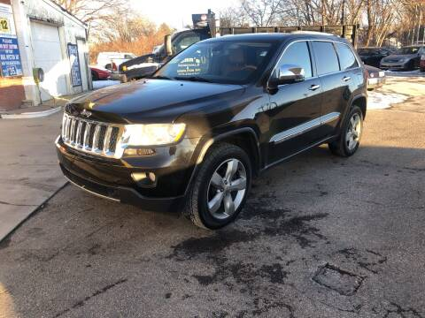 2011 Jeep Grand Cherokee for sale at Barga Motors in Tewksbury MA