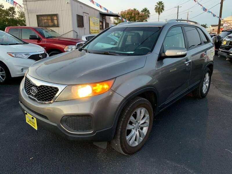 2011 Kia Sorento for sale at Rock Motors LLC in Victoria TX