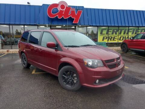 2019 Dodge Grand Caravan for sale at CITY SELECT MOTORS in Galesburg IL