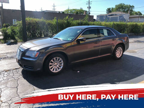 2014 Chrysler 300 for sale at RON'S AUTO SALES INC in Cicero IL