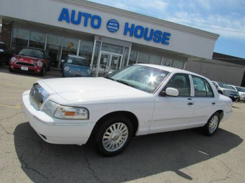 2006 Mercury Grand Marquis for sale at Auto House Motors in Downers Grove IL