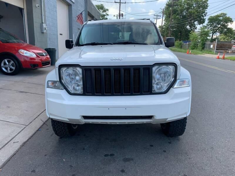 2009 Jeep Liberty for sale at SUNSHINE AUTO SALES LLC in Paterson NJ