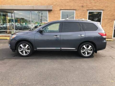2013 Nissan Pathfinder for sale at Select Auto Group in Wyoming MI