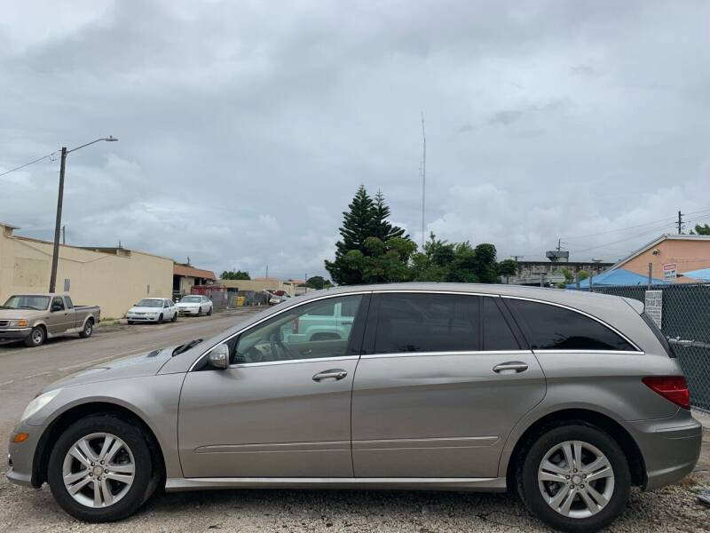 2008 Mercedes-Benz R-Class for sale at Eden Cars Inc in Hollywood FL