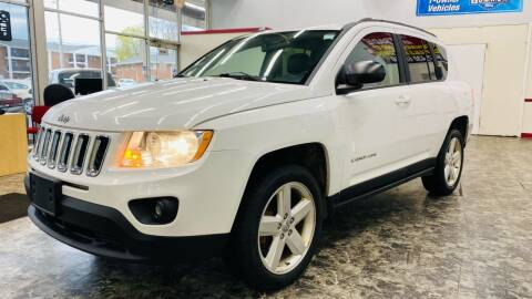 2011 Jeep Compass for sale at TOP YIN MOTORS in Mount Prospect IL