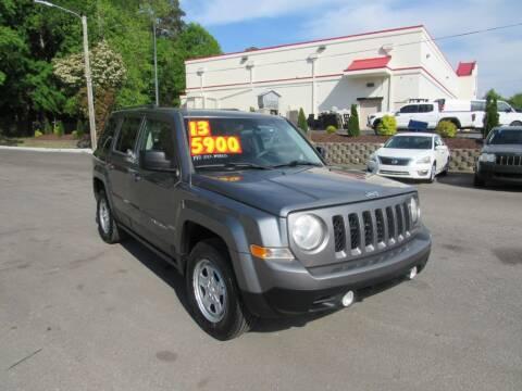 2013 Jeep Patriot for sale at Auto Bella Inc. in Clayton NC