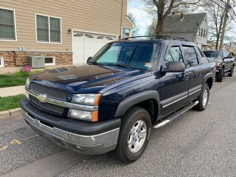 2004 Chevrolet Avalanche for sale at Jordan Auto Group in Paterson NJ
