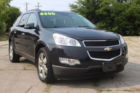 2011 Chevrolet Traverse for sale at Square Business Automotive in Milwaukee WI