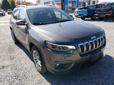 2019 Jeep Cherokee for sale at LeMond's Chevrolet Chrysler in Fairfield IL