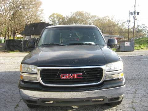 2003 GMC Yukon XL for sale at LAKE CITY AUTO SALES in Forest Park GA